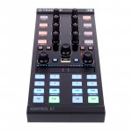 دی جی کنترلر نیتیو اینسرومنت Native Instruments Traktor Kontrol X1 MK2