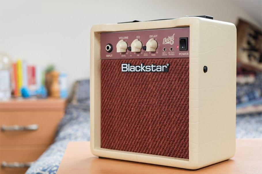 "امپلی فایر گیتار Blackstar Debut 10 2x3"" 10-watt Combo Amp with FX"