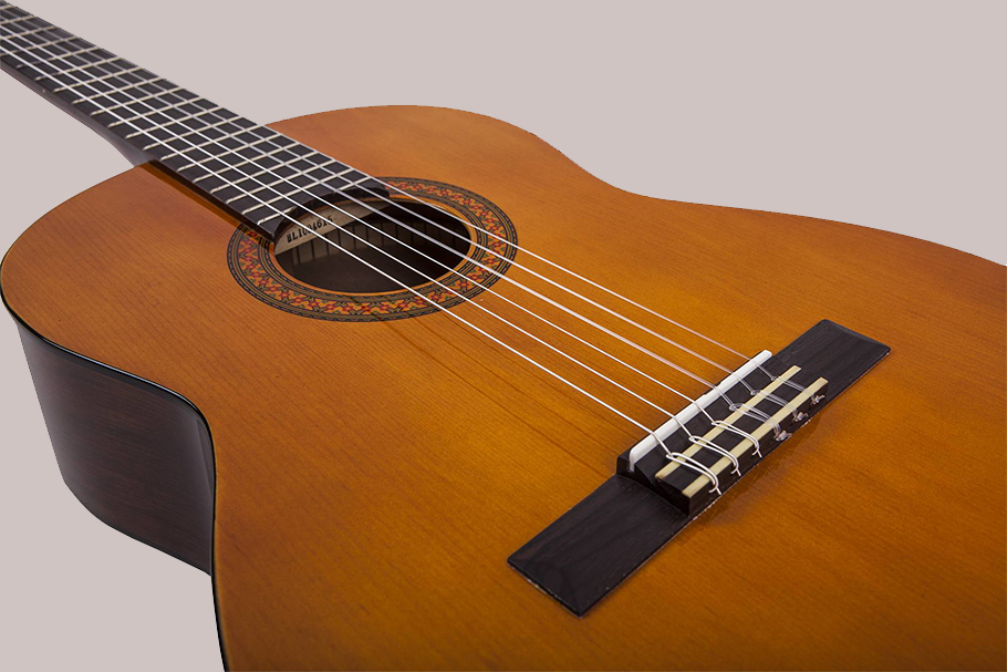 Yamaha C40 گیتار کلاسیک