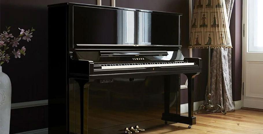 پیانو آکوستیک Yamaha YUS1 PE