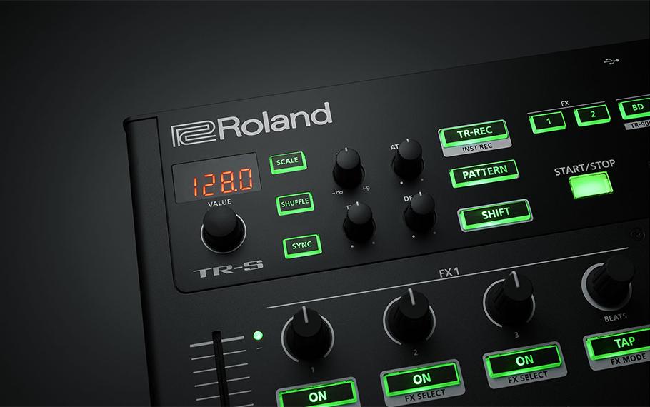 دی جی کنترلر Roland DJ-808