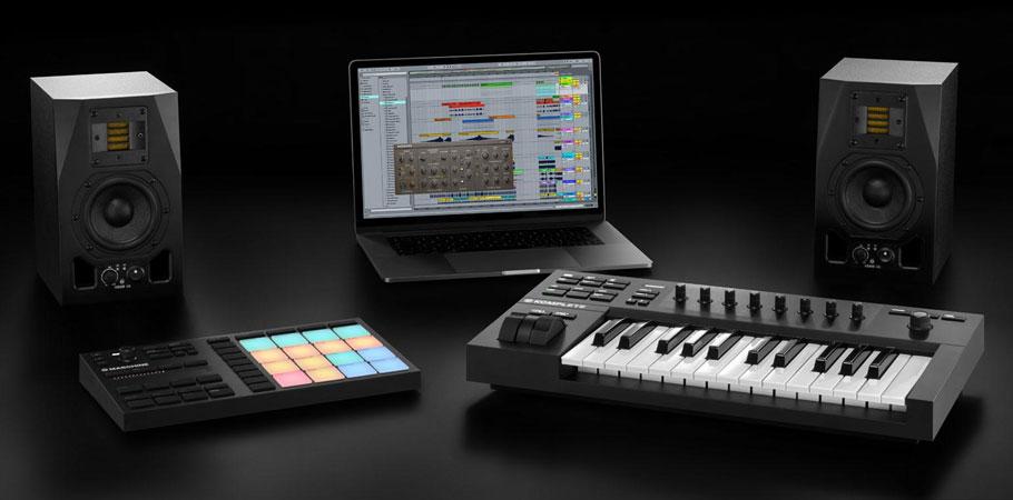 میدی کنترلر Native Instruments Komplete Kontrol A25