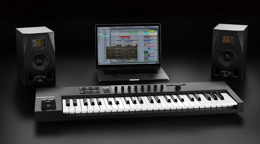میدی کنترلر Native Instruments Komplete Kontrol A49